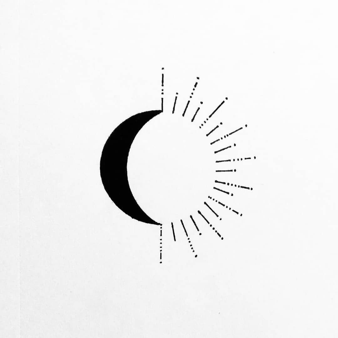 "sketchin colors on Instagram: ""#moon #sun #lines #circle #simple #different #tatuajes #tatoo #tattoo #drawing #pencildrawing #pencil #pencilart #artlovers #arte #art…"""