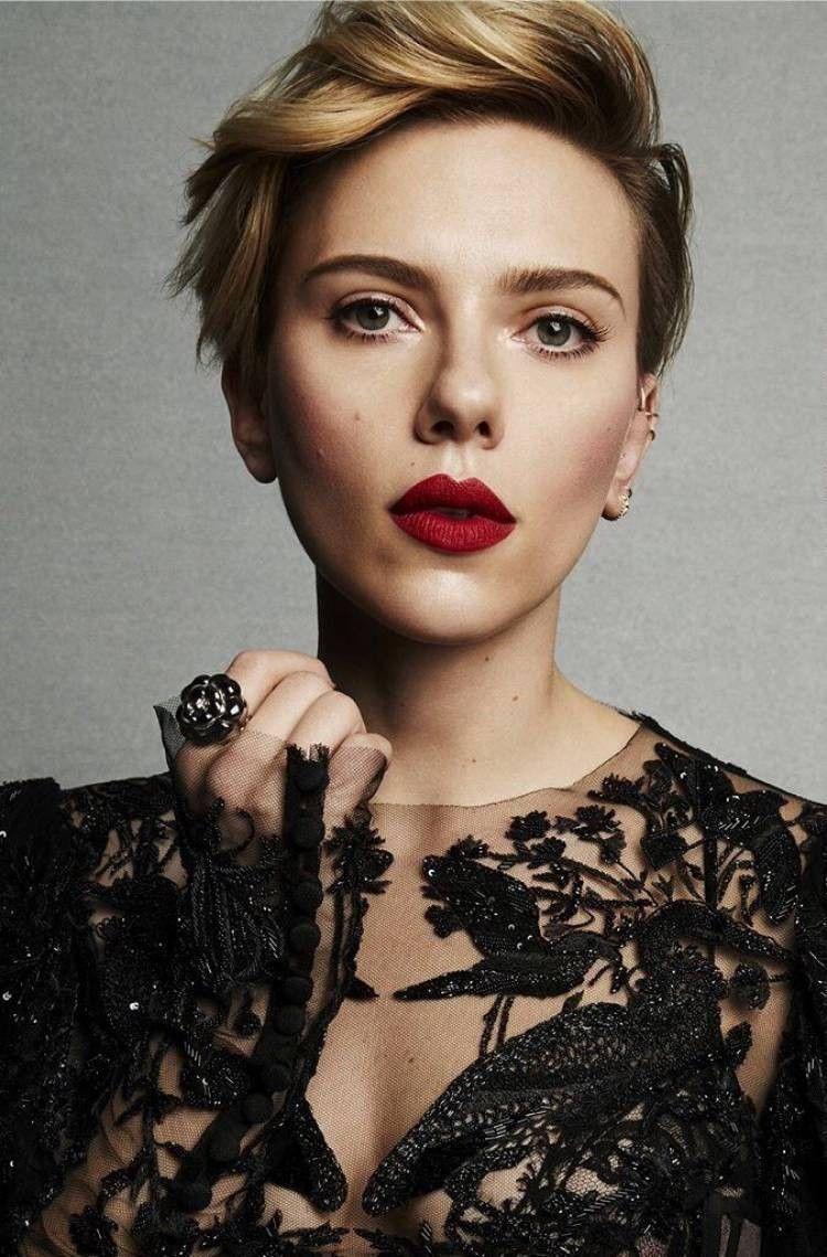 Scarlett Johansson Fryzury W 2019 Krótkie Fryzury
