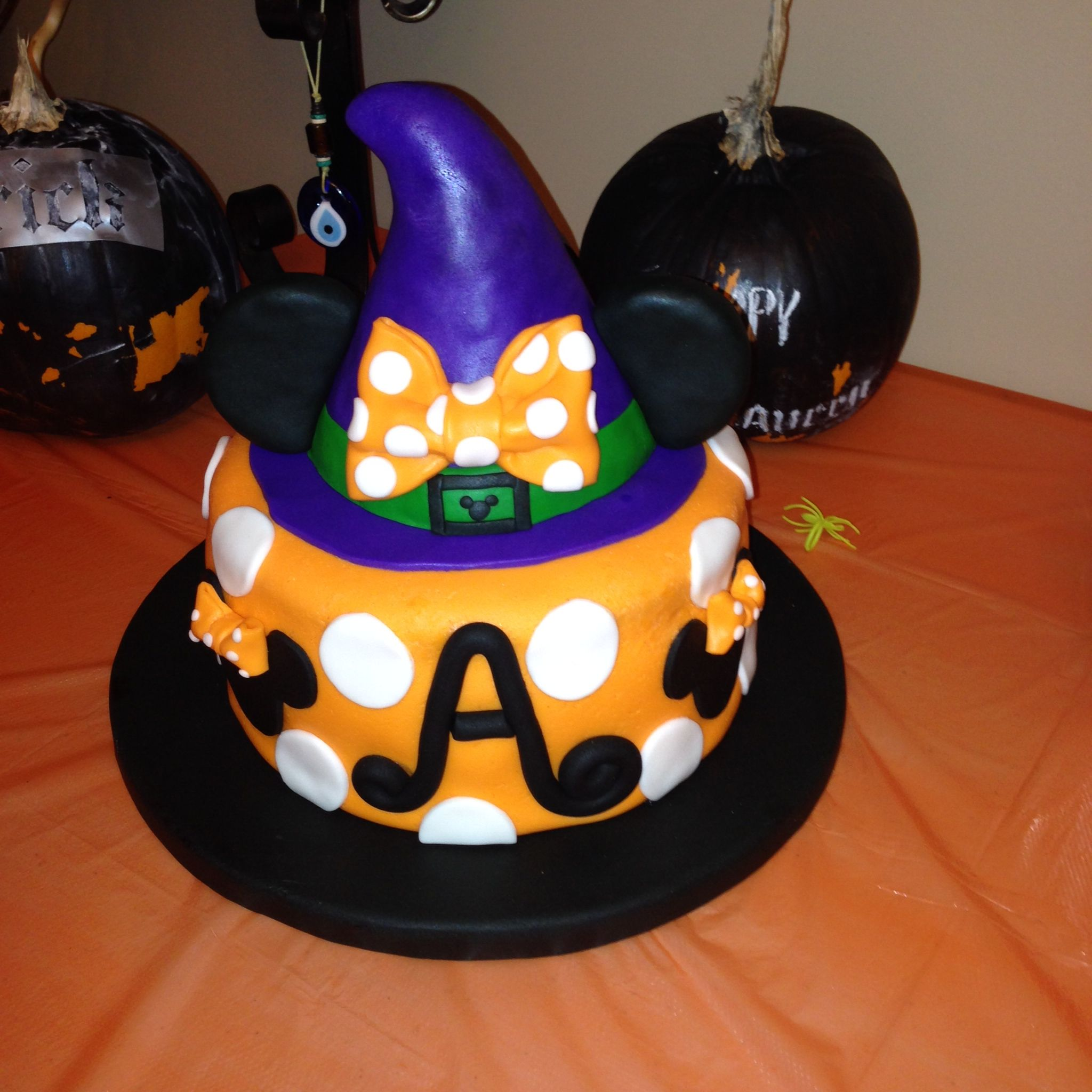 Minnie Mouse Witch's Hat Halloween Cake