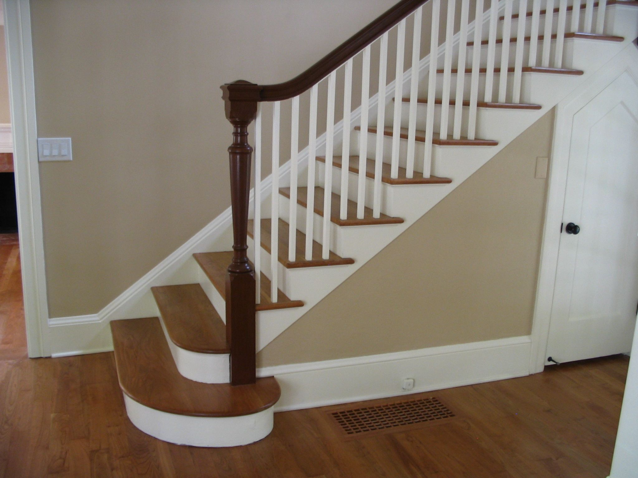 Great Stair Post   Yahoo Search Results
