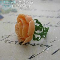 Persikka-vihreä ruususormus 10€