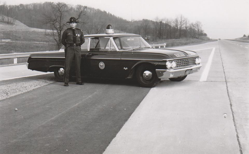 West Virginia State Police 1962 Ford Old police cars