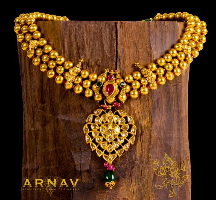 Gold Jewellery from ARNAV | Gold jewellery, Gold and Indian jewelry