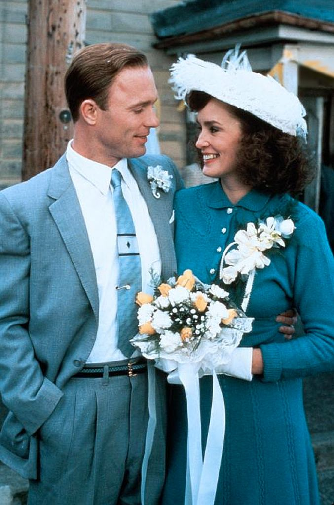 Ed Harris as 'Charlie Dick' & Jessica Lange as 'Patsy Cline' in Sweet Dreams (1985)