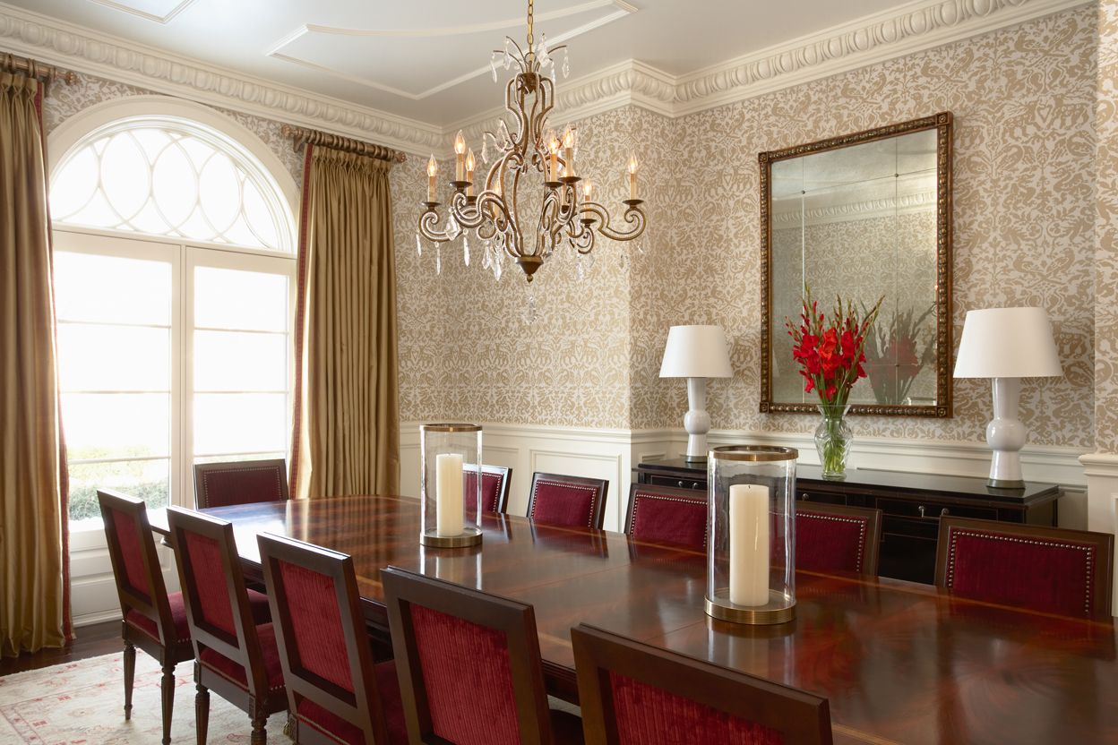 Wallpaper Makes You Feel All Dressed Up Lumar Interiors Traditional Dining Rooms Dining Room Design Modern Modern Dining Room