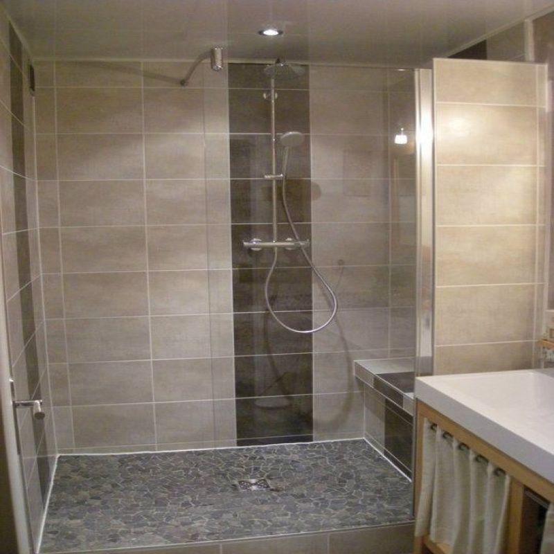 50 Modele Salle De Bain Baignoire D Angle 2019 In 2020 Bathroom Model Creative Bathroom Design Bathroom Remodel Designs