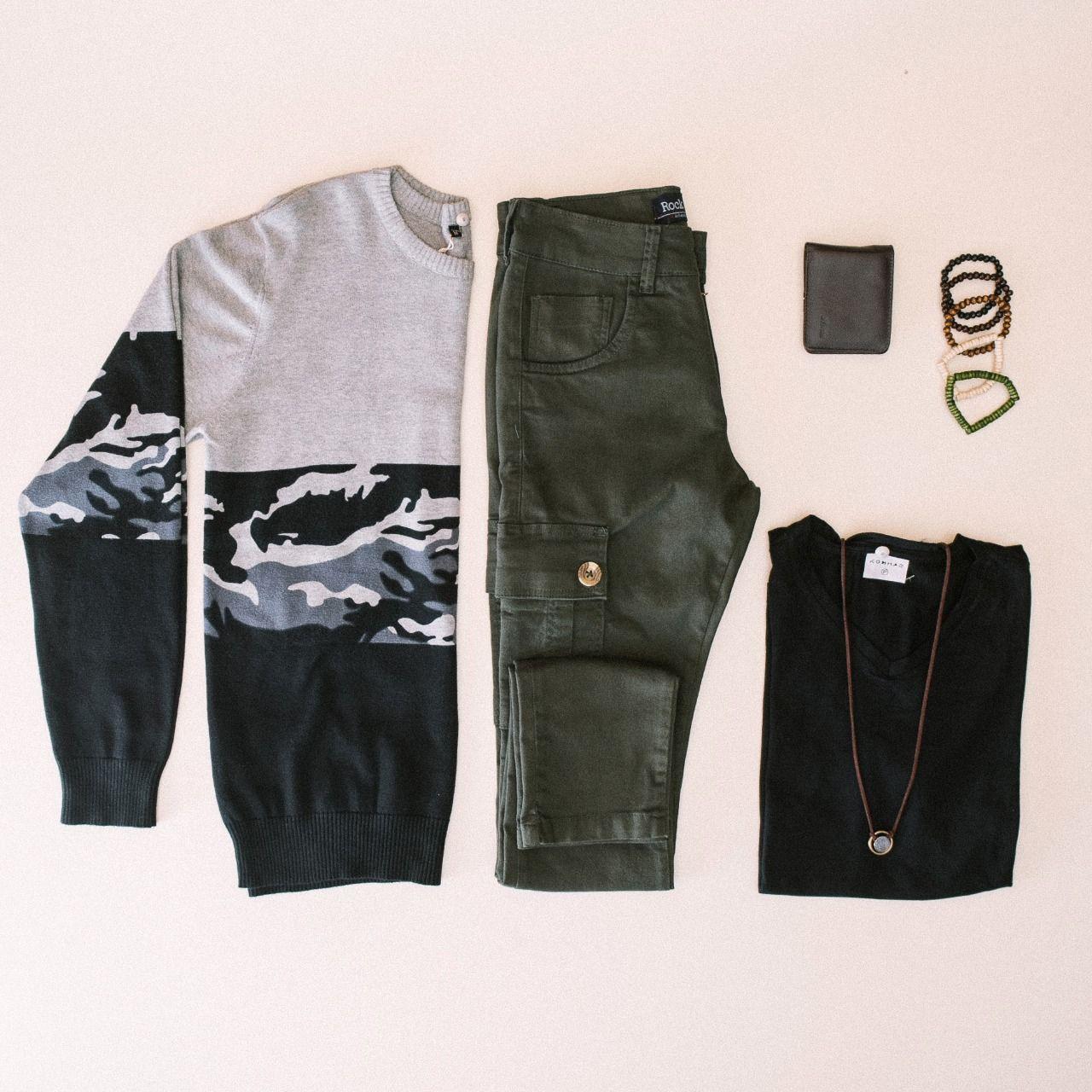 👮 As #LojasTenda sugerem um toque militar em seus looks de inverno como manda o figurino desta temporada. Você pode escolher um ou vários itens nesse estilo. Gostou da ideia? Aliste-se! #LojasTenda, a sua moda.  #Ipatinga #GovernadorValadares #TeófiloOtoni #MontesClaros #Caratinga #fashion #moda #militar #masculina #acessórios