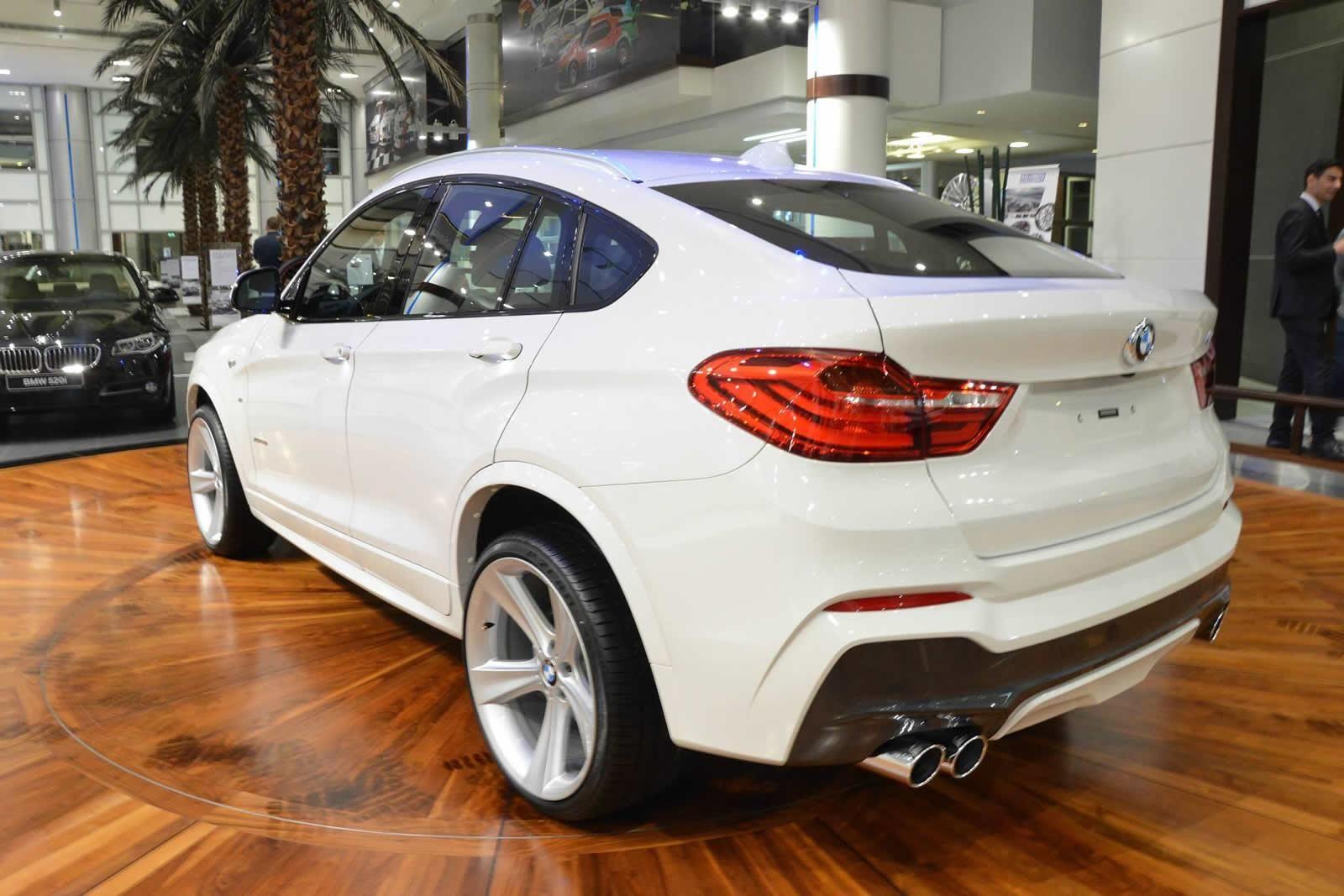 BMW X4 M Sport Package BMW X series white SUV