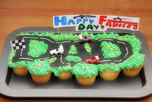 Happy Father S Day Pull Apart Cupcake Cake With Images Cupcake