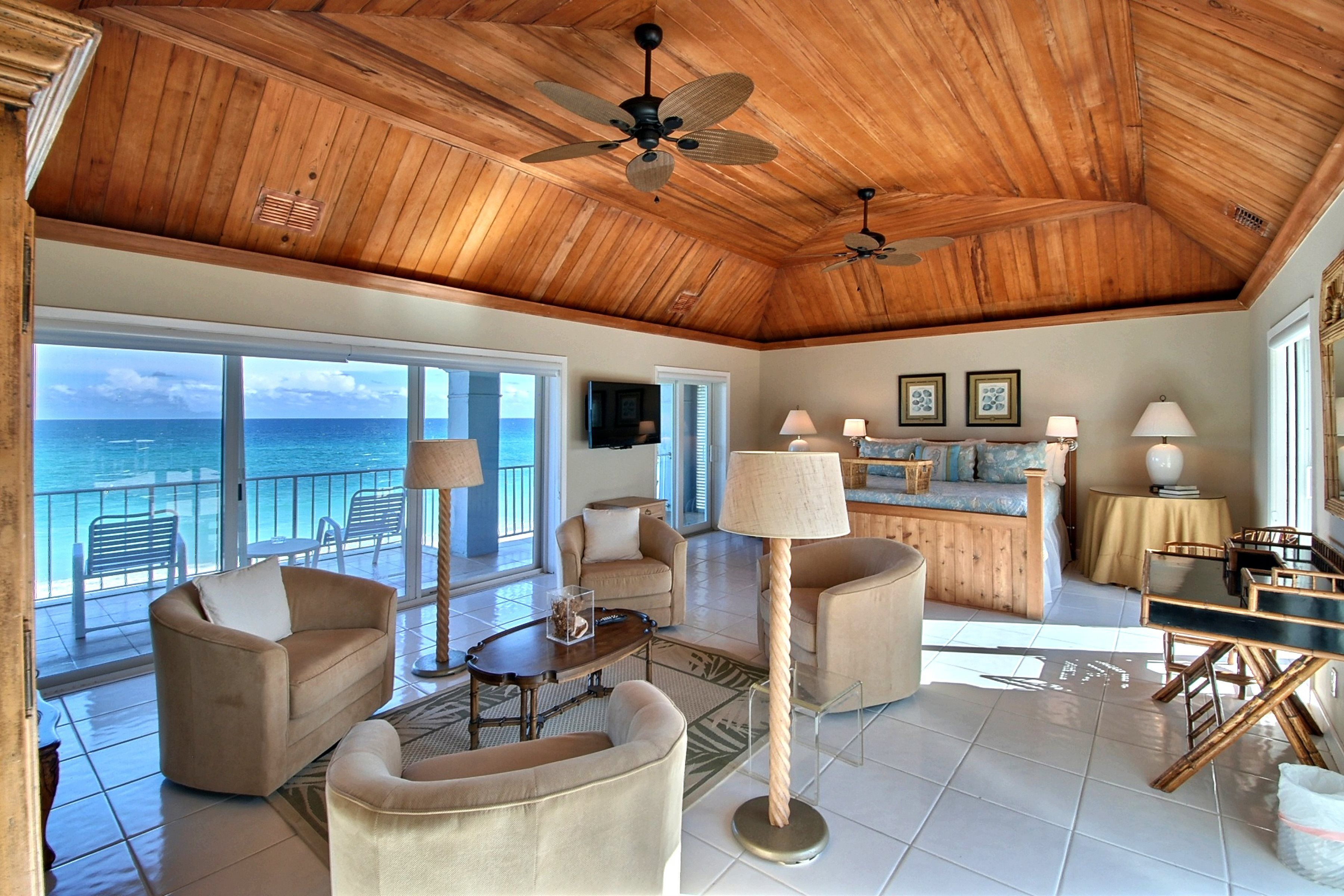 Beachfront Florida Mansion For Rent In Broward County Hillsboro Mile Fort Lauderdale Beach Area 951 A1a Hi Mansions For Rent Florida Mansion Renting A House