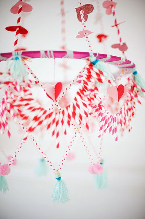 The House That Lars Built.: Valentine's Day pajaki chandelier