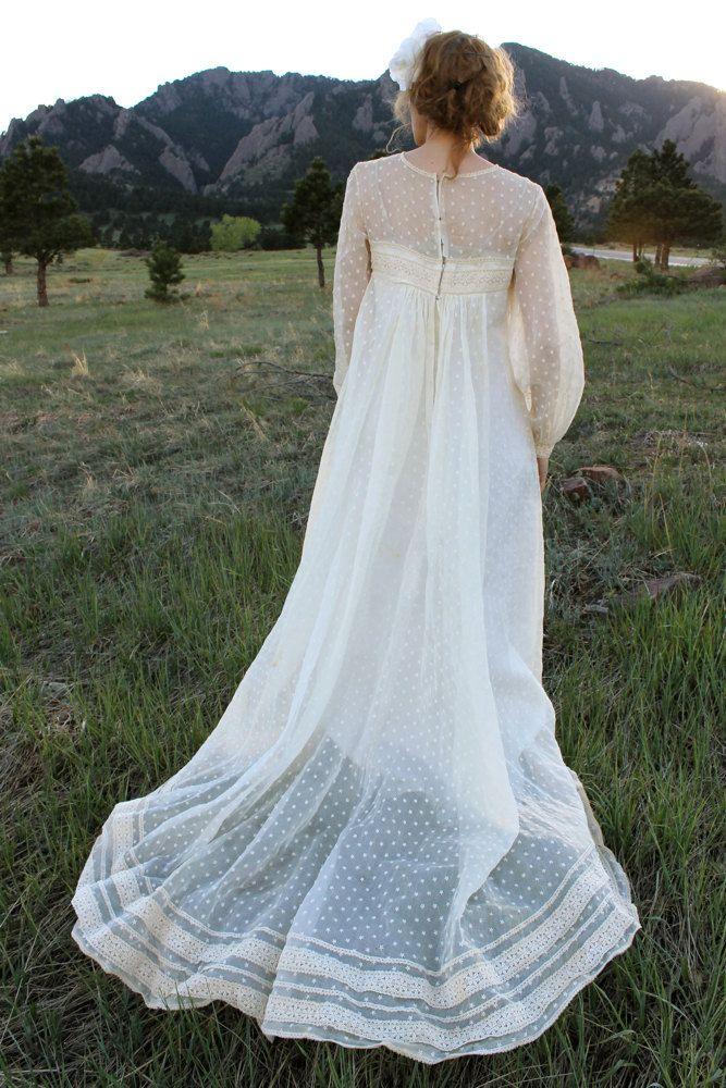 Vintage 1930\'s BOHO Cream/Ivory Wedding Gown With Train | Pinterest ...