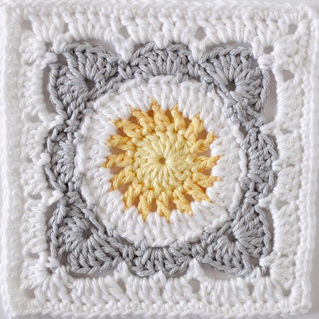 grannysquareday2017 #lastone #crochetersofinstagram Crochet Granny ...