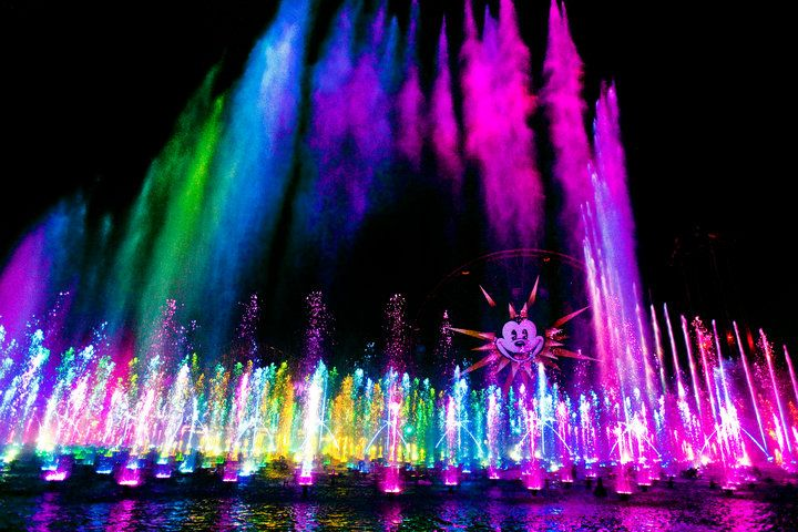 If you have not seen World of Color at CA Adventure, you have to go!  Think Bellagio fountains + classic Disney movies + RAINBOW COLORS!