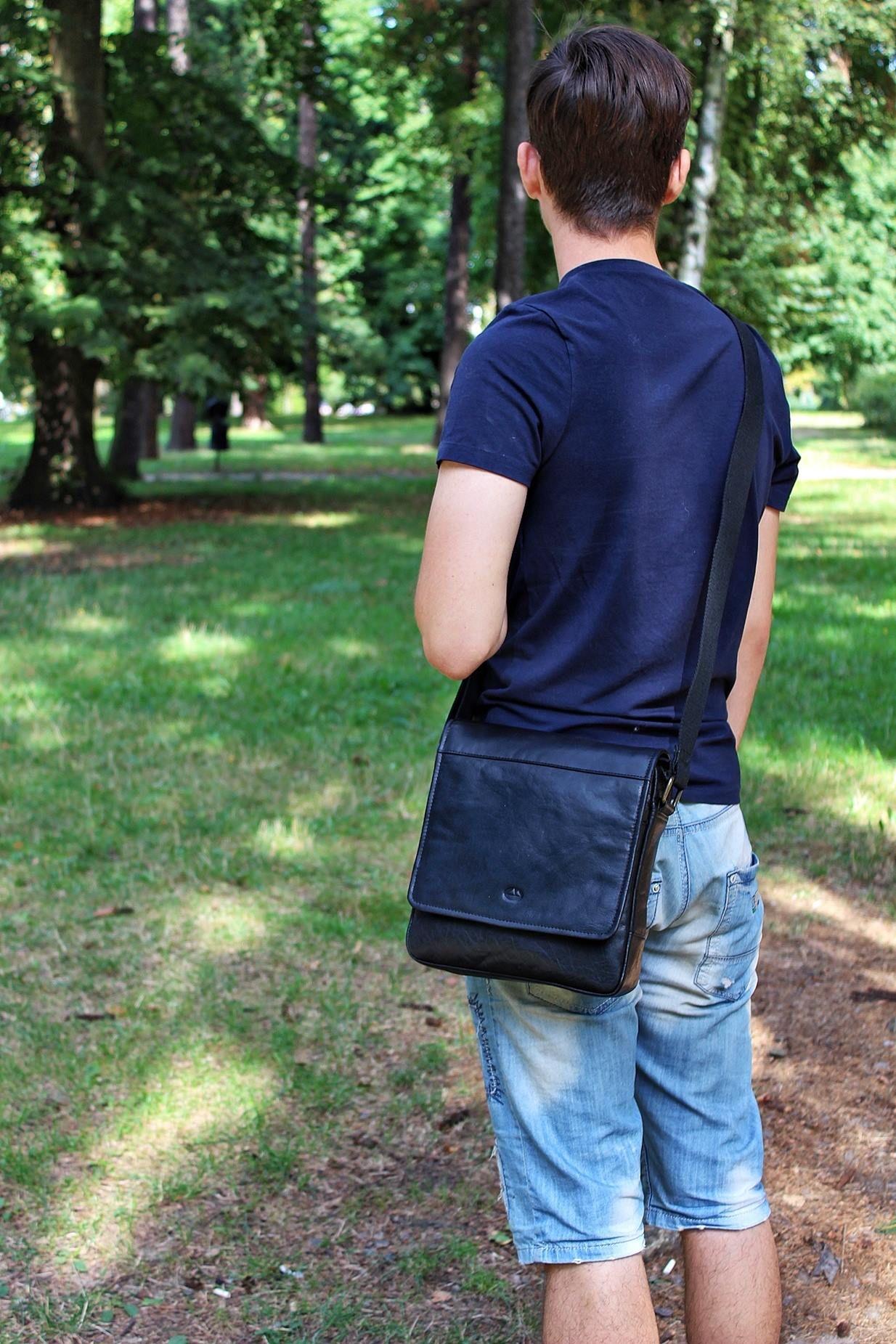 56cdae43355e3 Miejska torba skórzana  torba moda fashion galanteria dodatki style ...