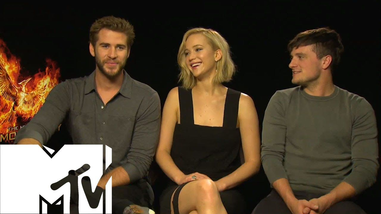The Hunger Games Mockingjay: Deleted/Sex Scenes - Cast Chat All | MTV