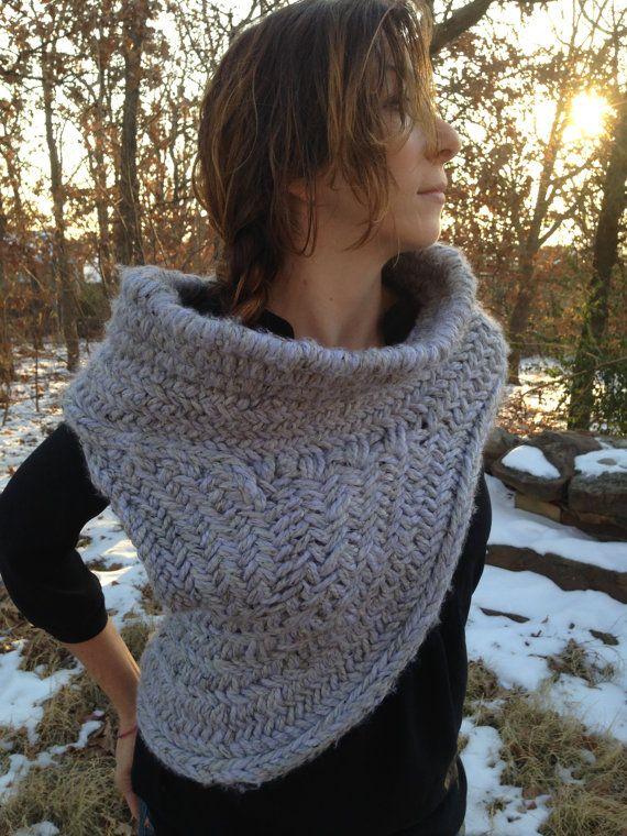 Katniss caza capucha con chaleco tejer patrón por WoolfsClothing ...