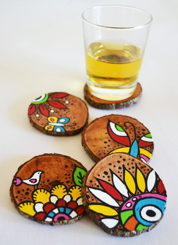 Natural wood coasters hand painted pretty crafty for Coaster design ideas
