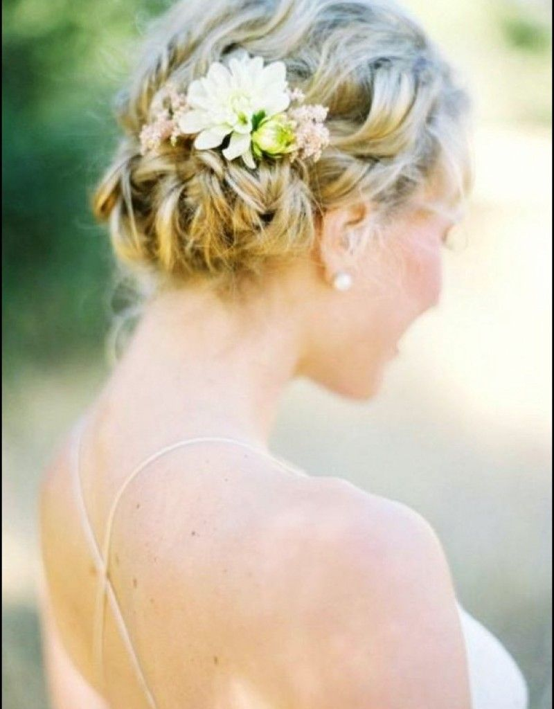 beach wedding hairstyles medium length hair | beach wedding