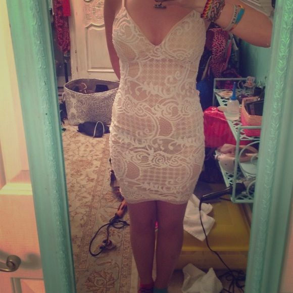 White lace dress Super cute lace dress tagged free people for exposure (not free people brand) Free People Dresses Mini