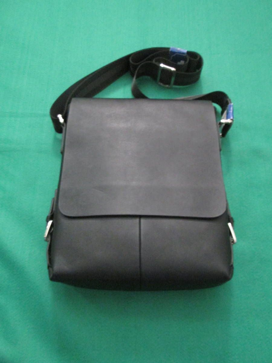 d35c62f43403 bolsa carteiro masculina ideal- carrega carteira
