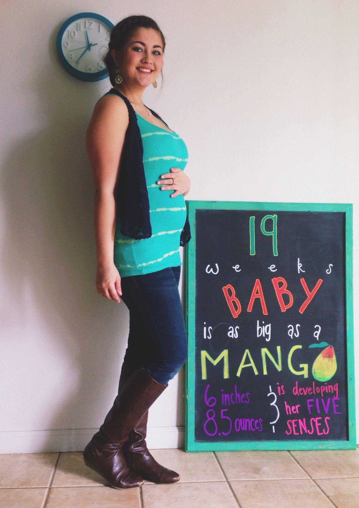 19 weeks pregnant chalkboard bump – Baby Bump Announcements