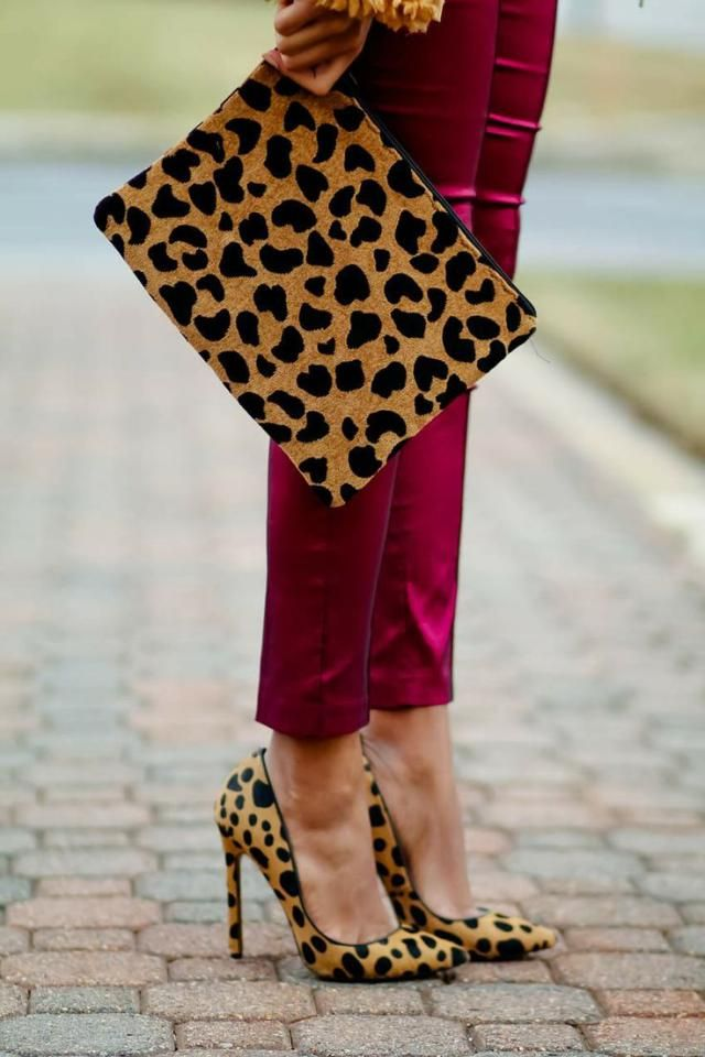 bfadfbf7b3a9 5 Ways to Style Leopard Shoes  With Leopard accessorize leopard heels with  matching bag or purse.Outfit colors like dark wine