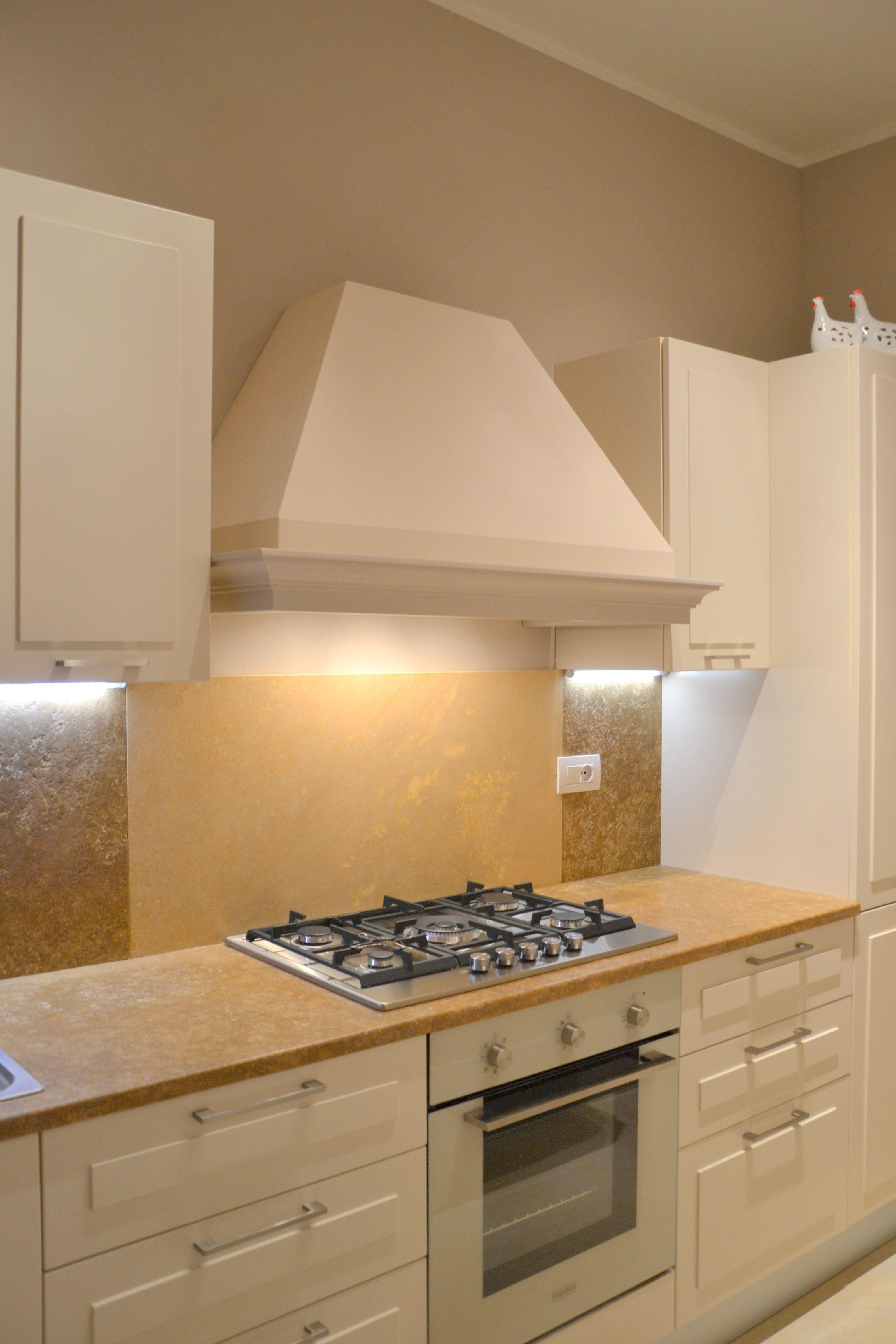 Cucina realizzata su un\'unica parete | Cucine | Cucine
