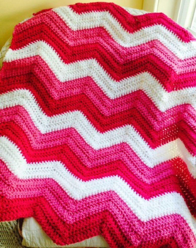 CROCHET handmade baby blanket afghan chevron ripple VANNA pink white ...