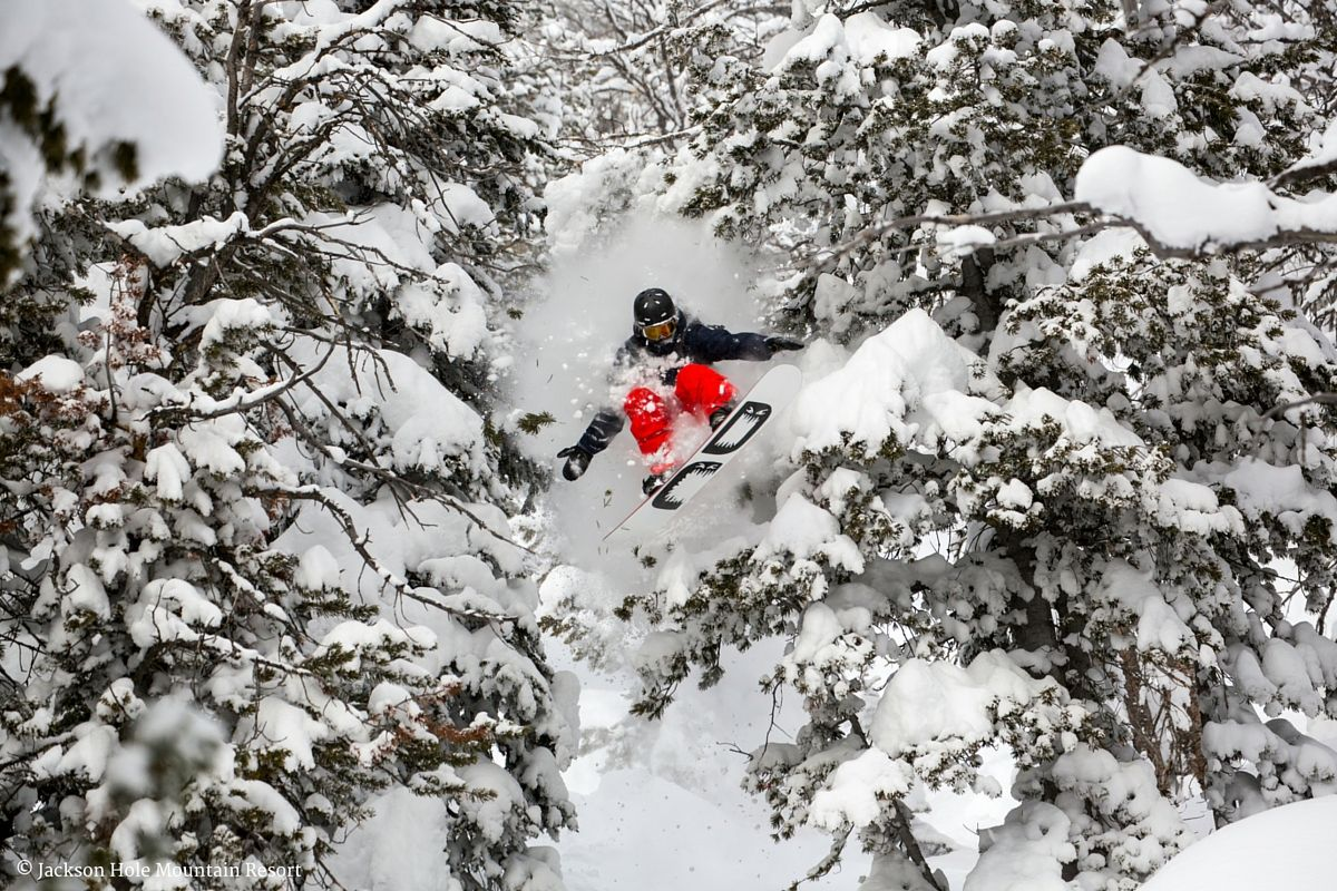Jackson Hole Mountain Resort Guide from British luxury lifestyle brand StaaG.