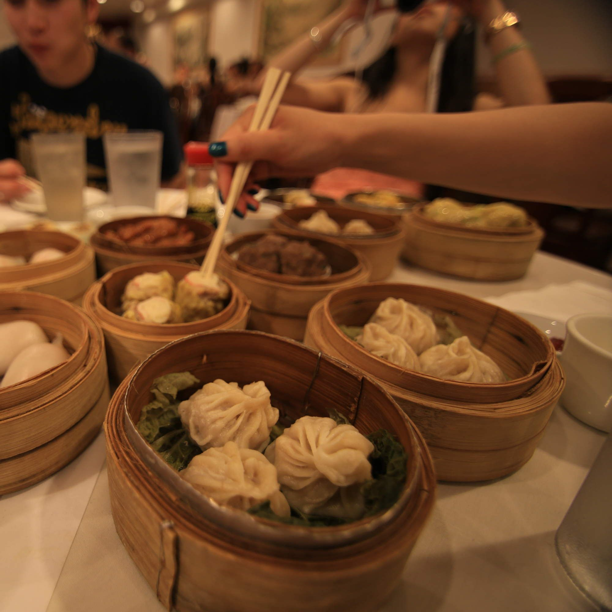 The 8 Best Dim Sum Spots In La Restaurants Food Dim Sum Food