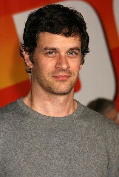 tom everett scott married