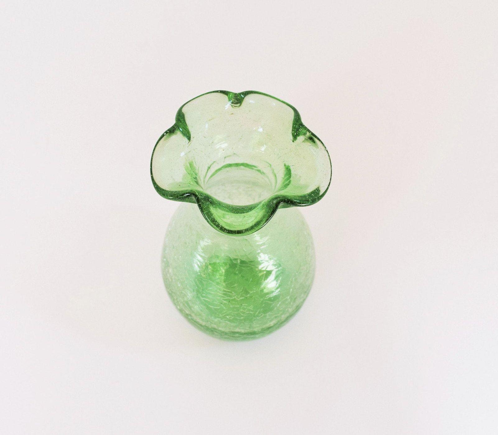 Crackle Seafoam Green Vase Art Vintage Flower Vase Cottage Decor Modern Ruffle Wedding Kitchenware Antique Glassware Hand Blown In 2020 Modern Cottage Decor Green Vase Antique Glassware