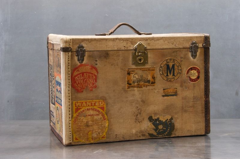 Old 19th Century Petite Steamer Trunk 20th Century Vintage Furnishings Design Vintage Trunks Steamer Trunk Trunks
