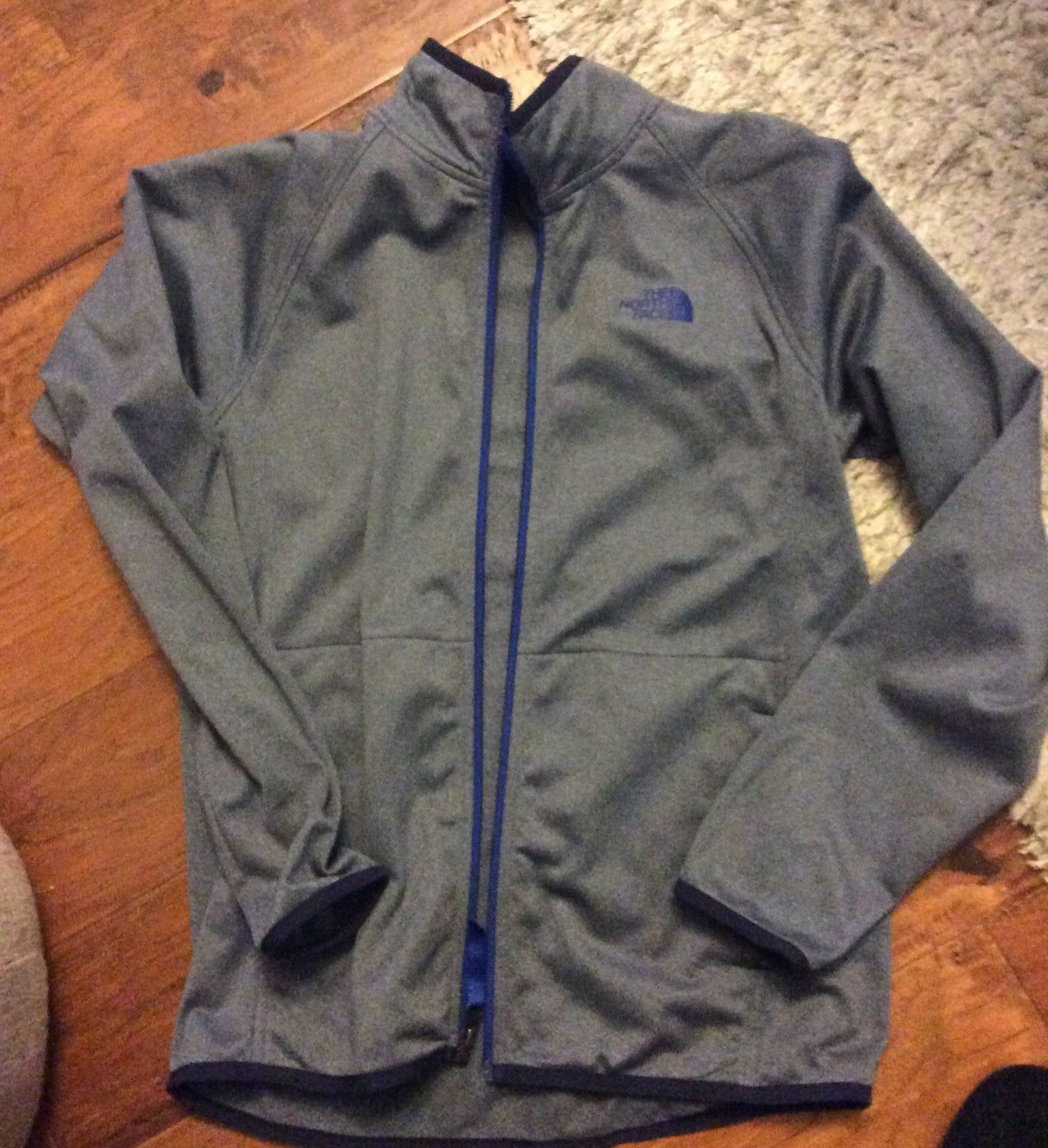 Awesome Jacket Worn Only A Few Times Boys Large Grey Jacket North Face Coat Gray Jacket Jackets [ 1600 x 1461 Pixel ]