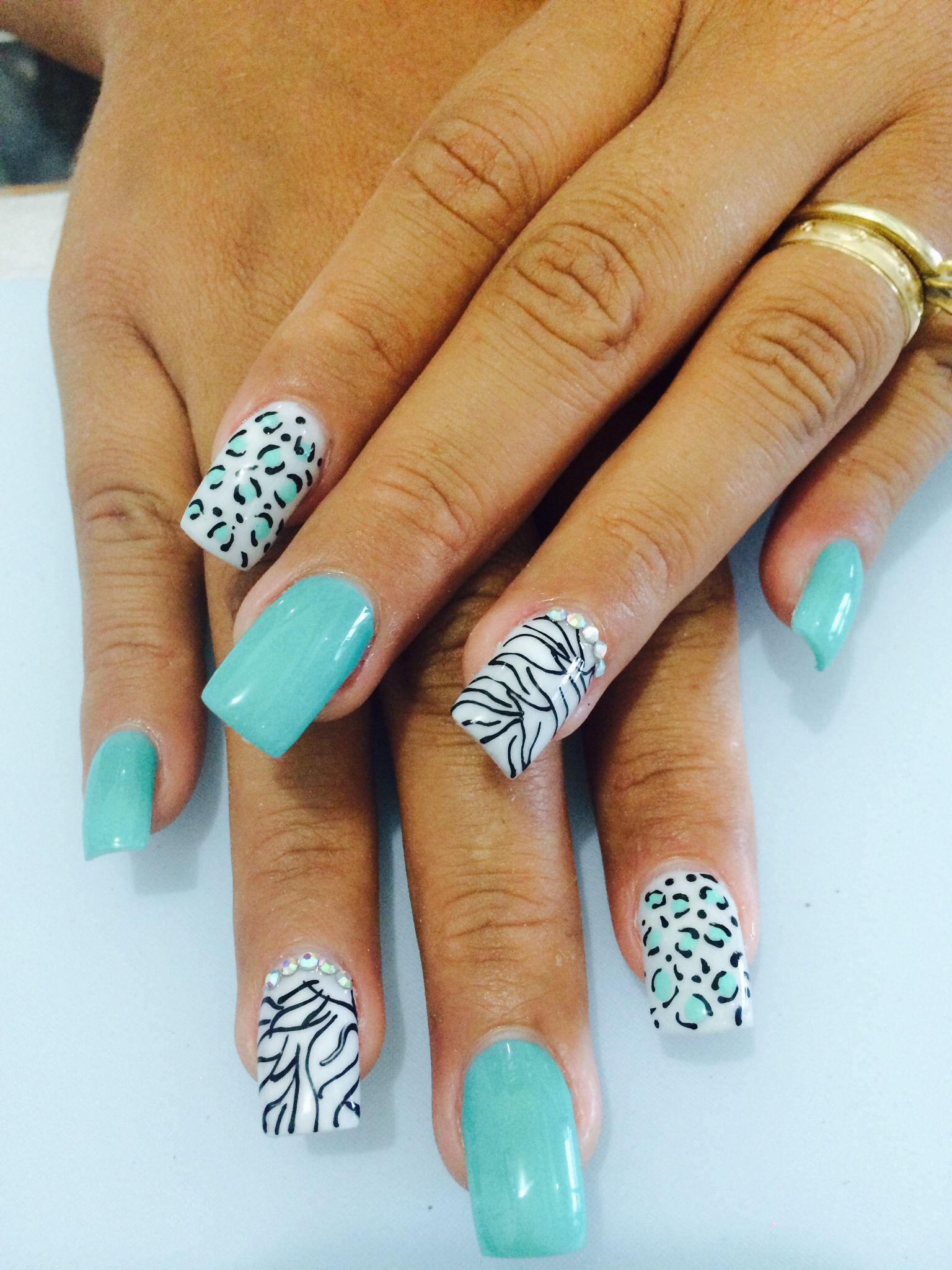 Uñas color menta | Diseños uñas | Pinterest | Color menta, Menta y Color