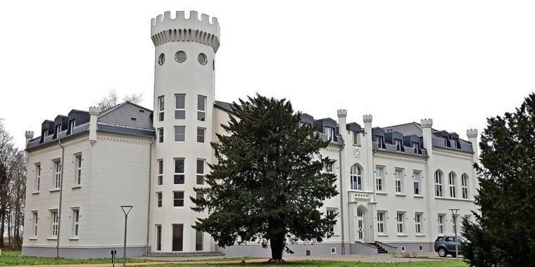 Zu Besuch im Hohendorfer Herrenhaus Mit der OZ auf