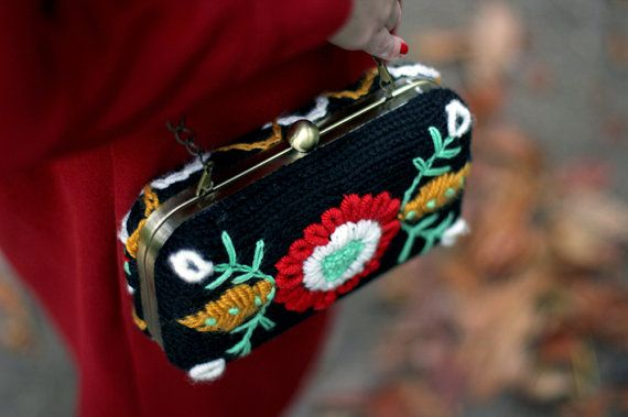 Clutch Flores  - knitted in black and embroidered in funny colors