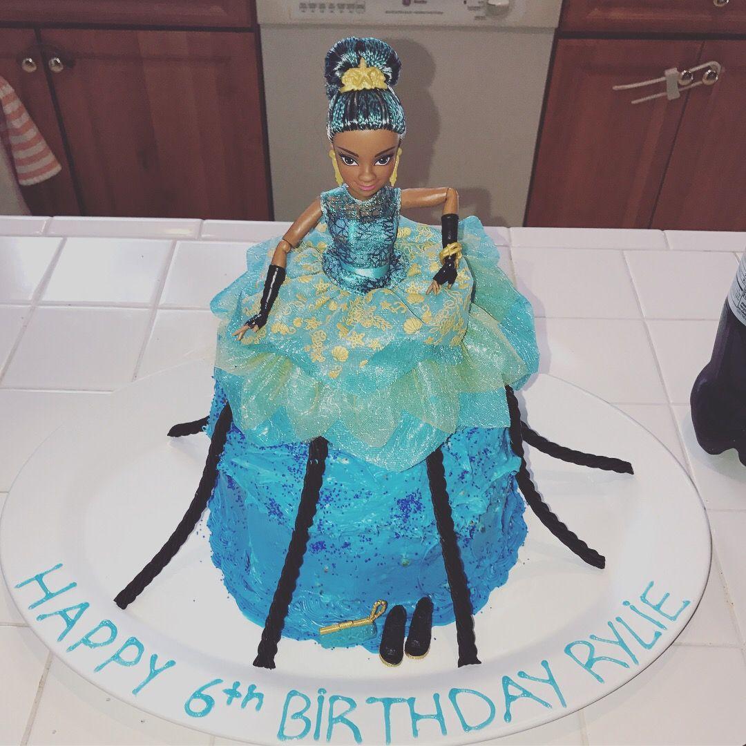 Uma Descendants 2 Cake 4 Layer Cake With Blue Frosting Uma Doll And