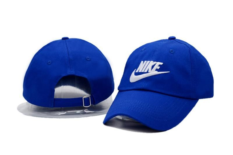 7e3023b5c4a Men s   Women s Nike Futura Icon Logo Real Tree Camo Adjustable Baseball Hat  - Camo   White