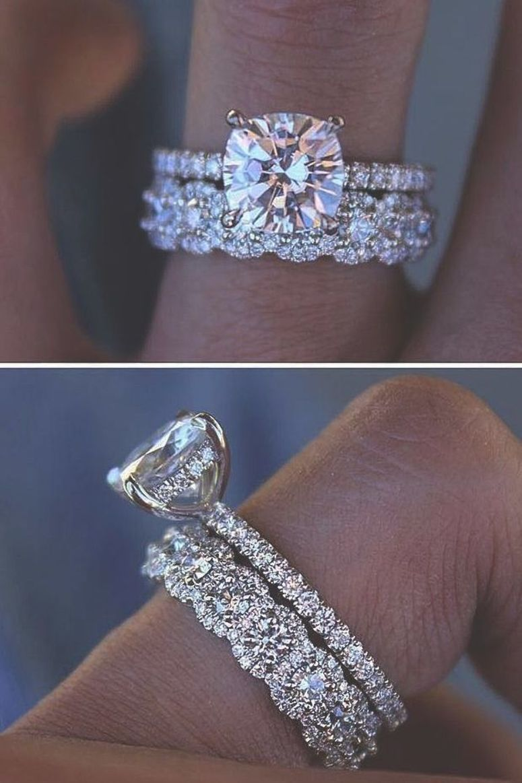 Best Free International Jewelers Exchange Opposite Wedding Rings Sets Platinum Their Jewel Style In 2020 Diamond Wedding Bands Wedding Ring Sets Classic Wedding Rings