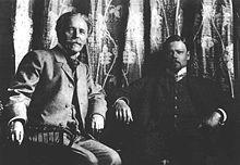 Sascha Schneider, hier mit Karl May – Wikipedia