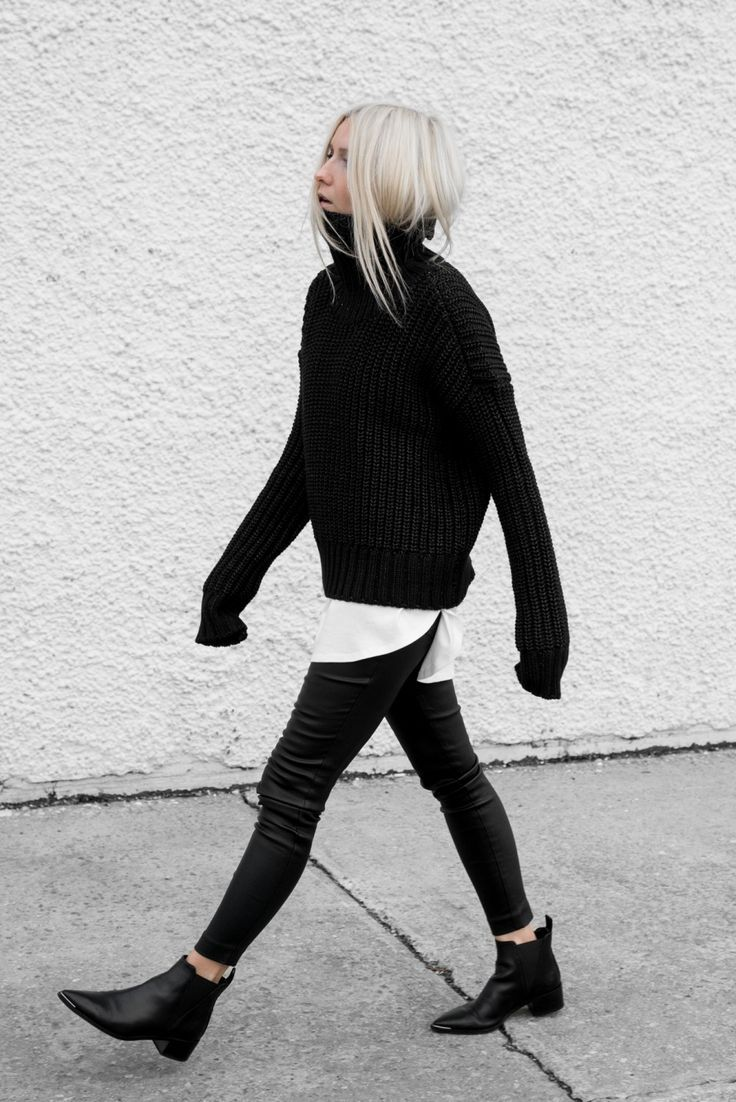 inspiration | outfit | fashion | style | look | minimalism | black and white | details | sweater | oversized | blogger | picture by figtny |