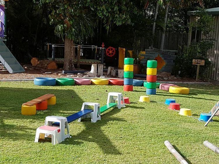 Kinderspielplatz garten hindernislauf coole ideen pinterest kinderspielplatz garten - Kinderspielplatz garten ...