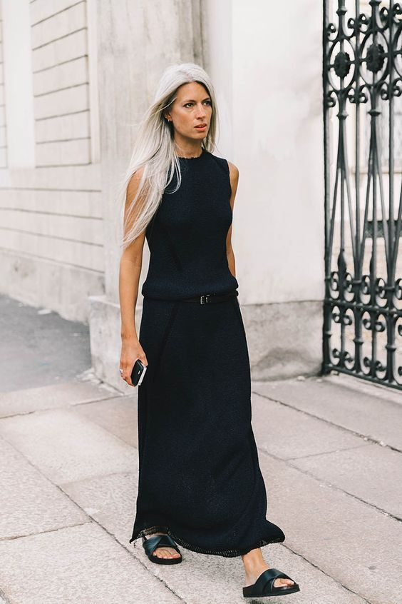 Sarah Harris, British Vogue Editor. Great style, elegant and simple,  great l...