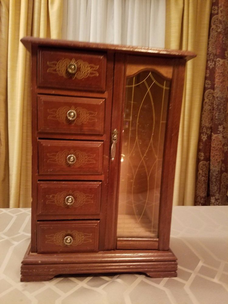 Vintage Jewelry Box Update Jewelry Box Makeover Vintage Jewelry