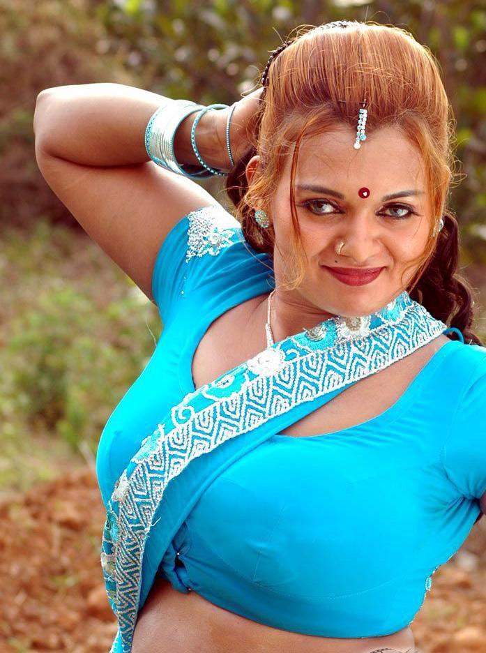 Pakistani Cricket Players: Tamil Actress