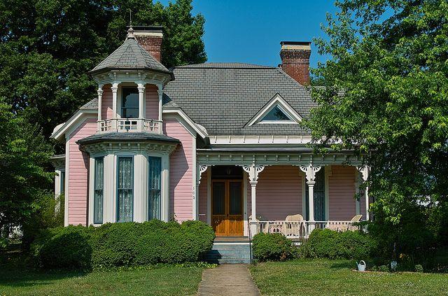 The Queen Anne House In Salem Va Built 1888 Queen Anne House House House Plans With Photos