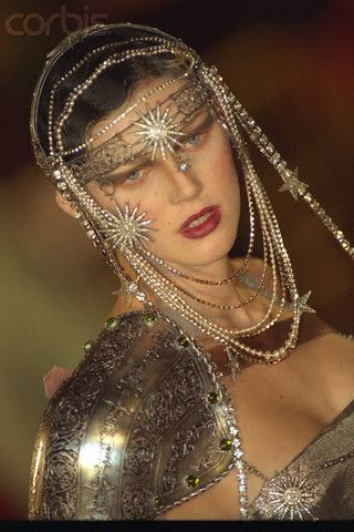 Christian Dior 1996 2000 Galliano S Early Days Page 8 The Fashion Spot Haute Couture Jewelry Wearable Art Fashion Dior