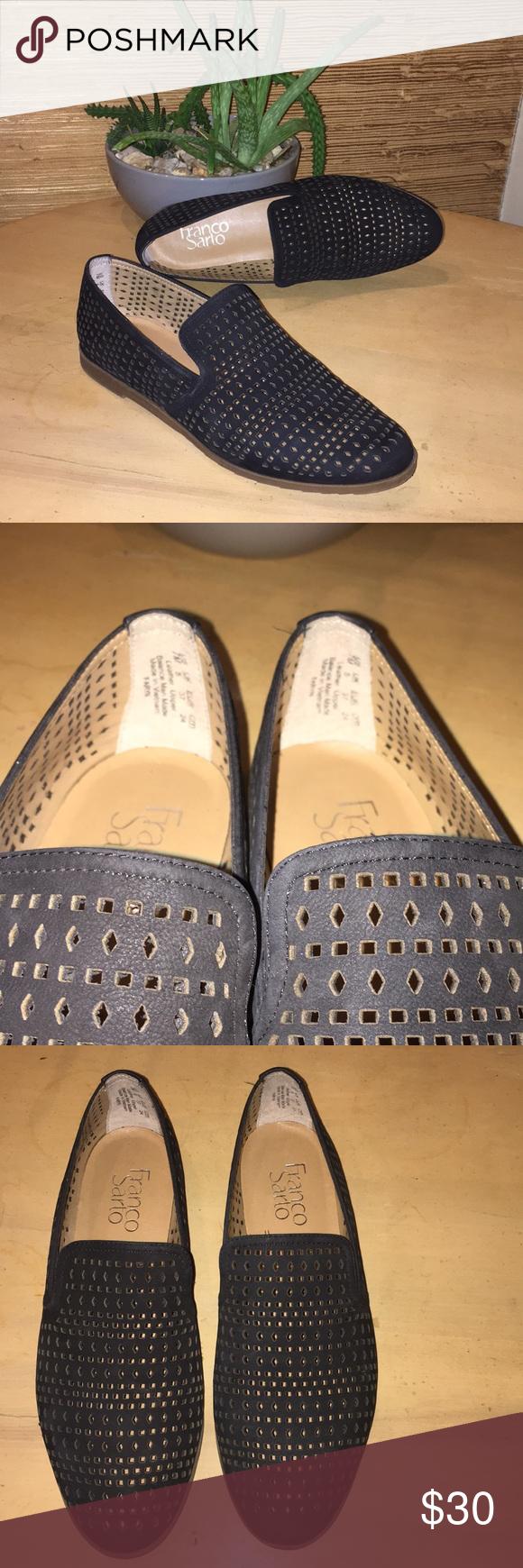 5a0c3cd3f26 Franco Sarto Black Faryn Suede Loafers Size 7 Franco Sarto Suede Faryn  Loafers in black.